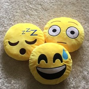 Small emoji pillow lot of 3